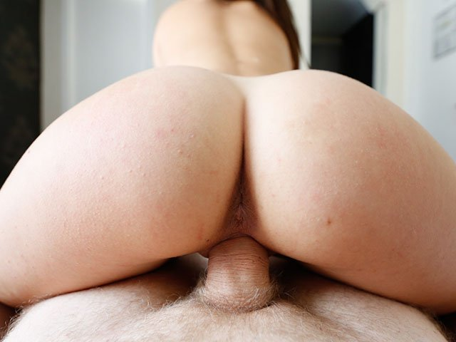 Bubble Butt Nympho POV action fucking on top